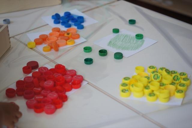 farben sortieren spiel