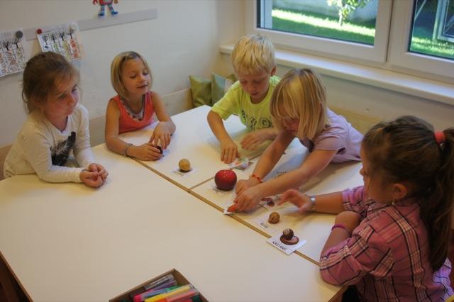 Lernwerkstatt herbst bilder rhythmus herbstdinge for Angebote kindergarten herbst